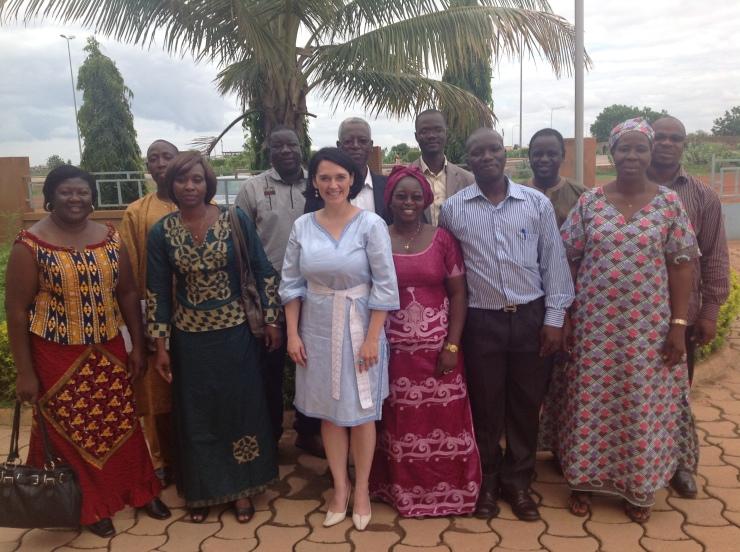 Photo de famille à l'issue de la formation au CEDO de Ouaga 2000